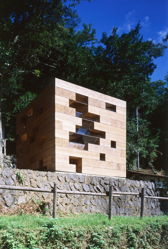 Final-Wooden-House-by-Sou-Fujimoto-Architects02