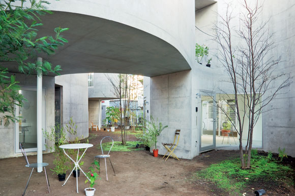 Okurayama-Apartment-Kazuyo-Sejima-and-Associates03